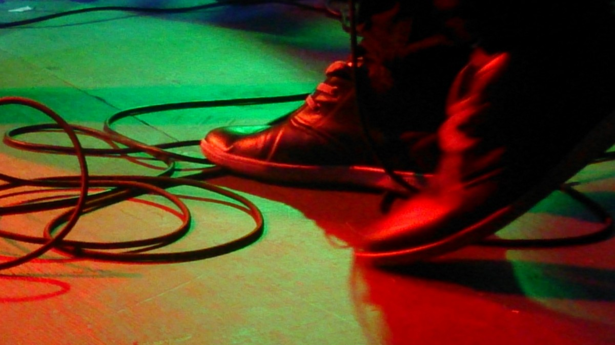 konsert feet_foot_band_stage_guitarist_cables_entertainment_hard_rock-960820.jpg!d